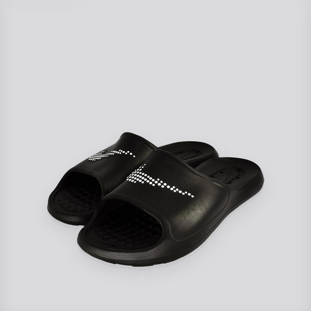 Chinelo Victori One Nike Preto
