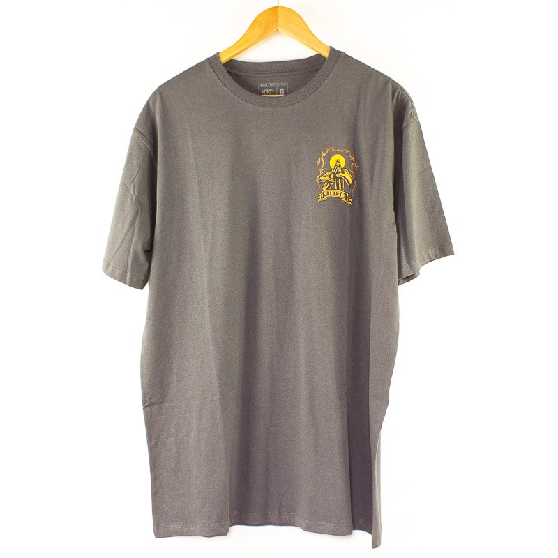 Camiseta Blunt Basica Beer Chumbo