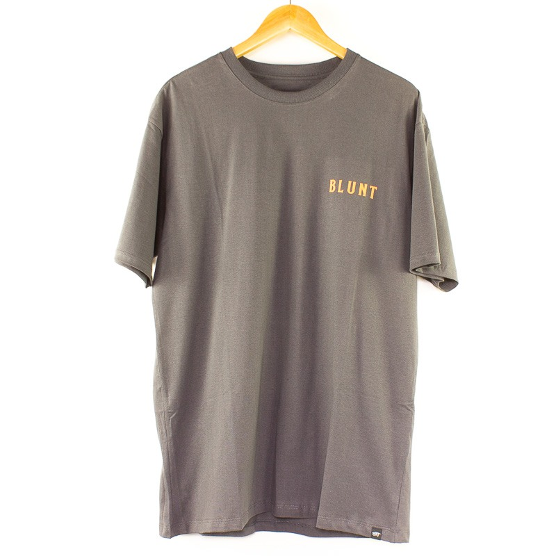 Camiseta Blunt Básica MMV Chumbo