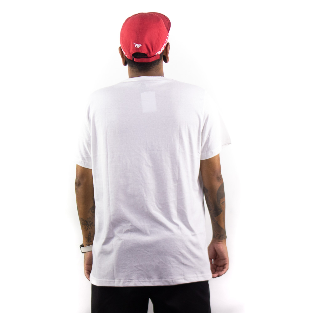 Camiseta Onbongo Masc Estampada Branca B604