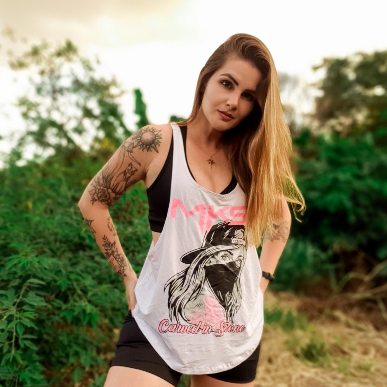 Blusa Academia Camiseta Cavada Fitness - Lenço rosto