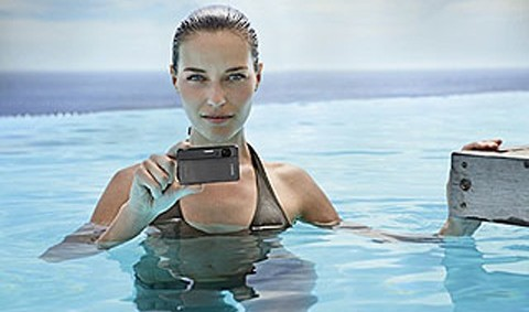 Câmera Digital DSC-TX5 10.2MP  a Prova D´Água Sony Cinza