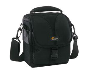 Bolsa para Câmera Digital Profissional e Capa de Chuva Lowepro Rezo 120 Aw Lp34701