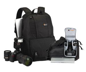 Mochila p/ Câmera Digital Profissional, Lente, Notebook com Tela de 15.4´ Lowepro LP35194  - Fastpack 250