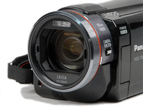 FILMADORA Panasonic - HDC-TM900PUK - Full HD, 3MOS, 3D compatible, 14.2MP, 12xOptical Zoom, 20x Zoom Inteligente,3.5´ LCD Touch Screen, 32Gb Memory, EVF, Manual Ring
