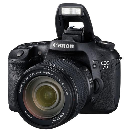 Câmera Digital Reflex Canon 7D 46R7D0000000 CMOS 18,0mp Full Hd Display 3,0 Hdmi