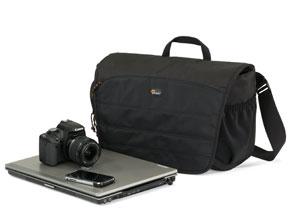 Bolsa Lowepro Compuday Photo 150 - p/ Câmera DSLR e Notebook com tela de até 15,6´