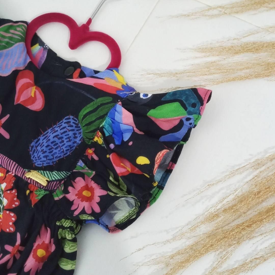 Macaquinho Floral preto