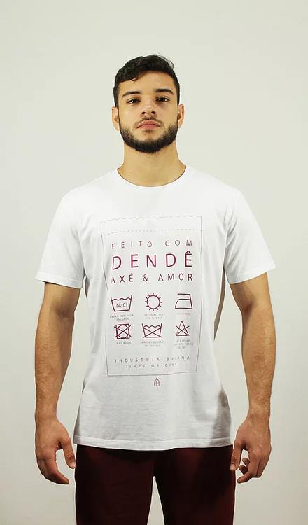 Camiseta Feito com Dendê