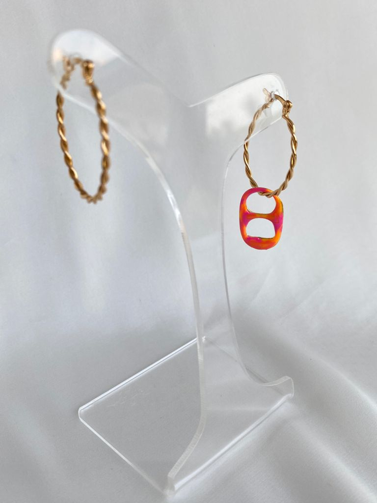 Argola | Dourado | Pingente Lacre | Esmaltado | Tie Dye