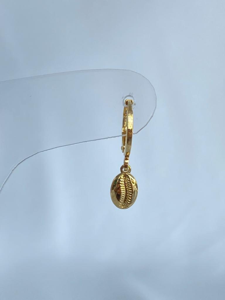 Argolinha   Dourado   Pingente Búzios