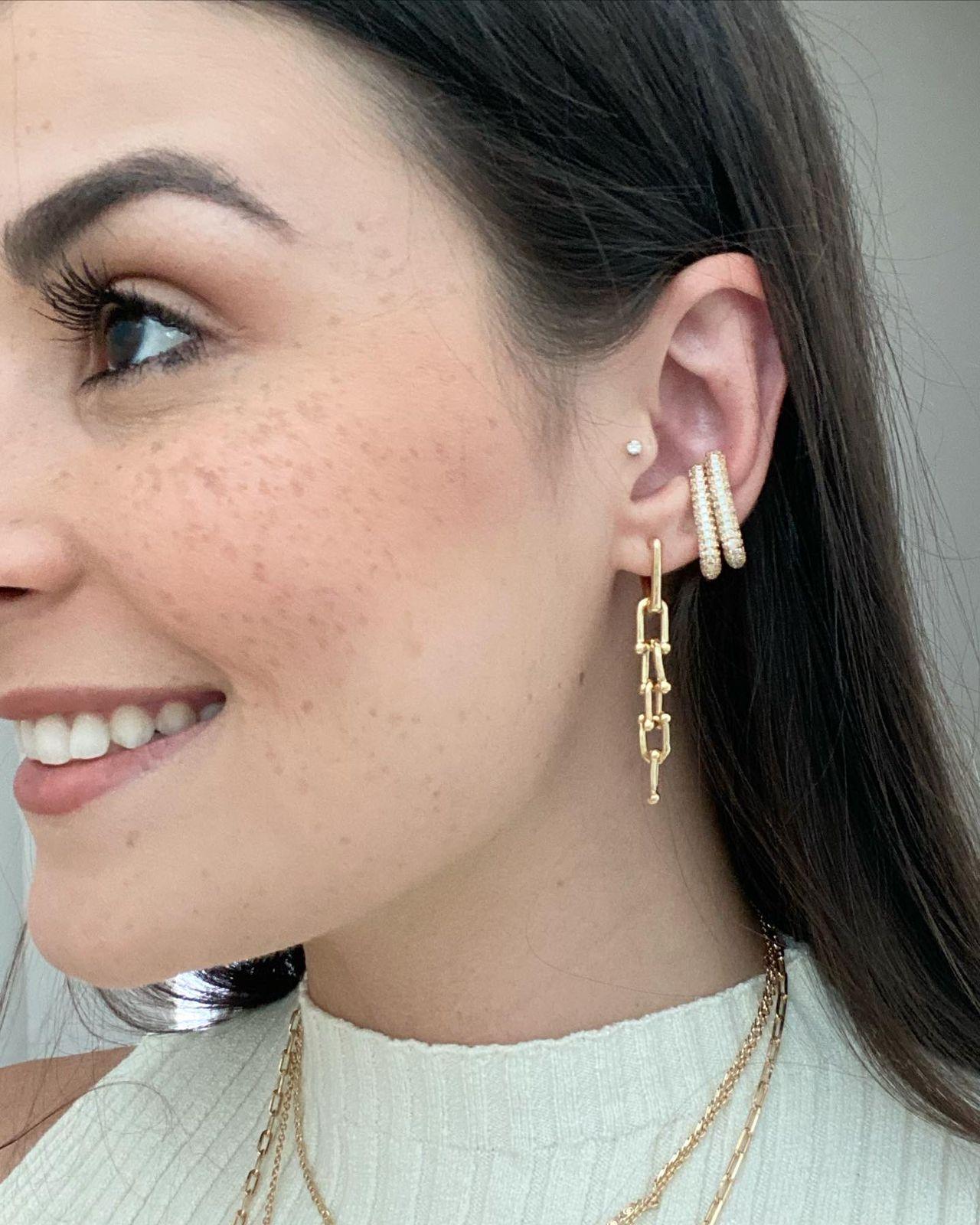 Brinco   Ear Hook   Cravejado   Cristal