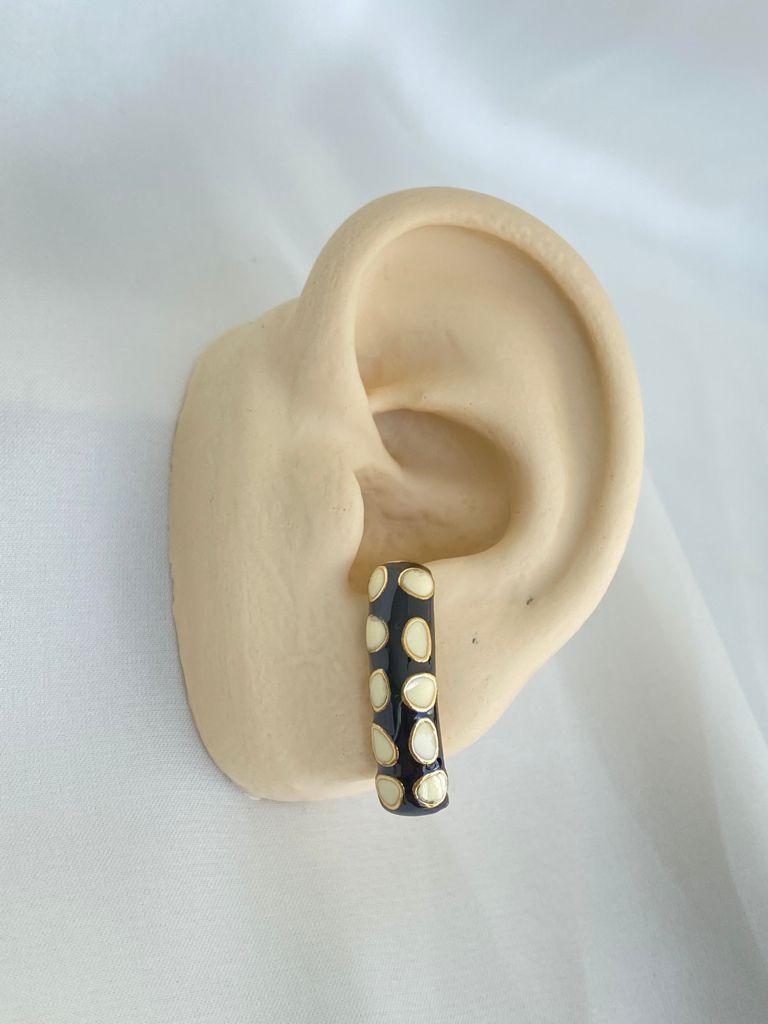 Brinco | Ear Hook | P&B | Esmaltado