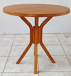 Mesa de madeira para quatro lugares Redonda 80cm Mel MFAR800