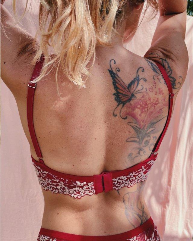 conjuntinho-aspas-vermelho