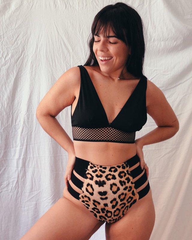 Conjuntinho das vovós Ciara + Hot Pants strappy vovó Jagar