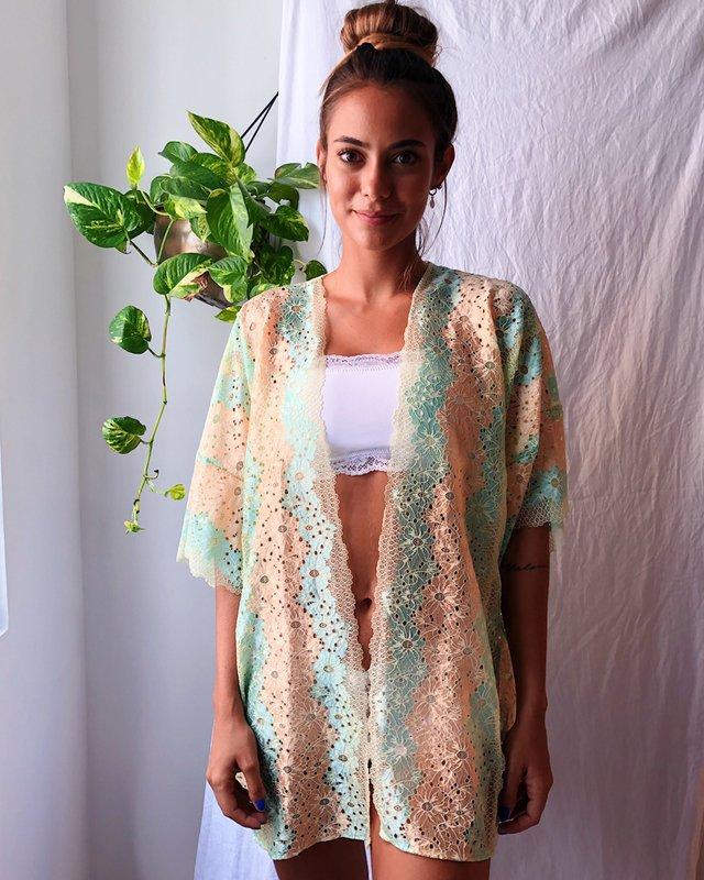 Kimono de renda da vovó Luz