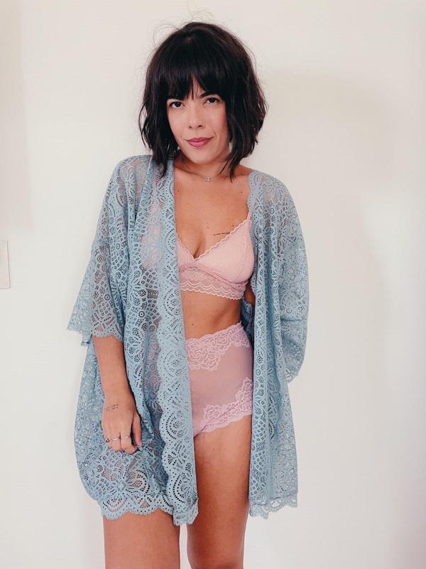 Kimono de renda vovó Bibi