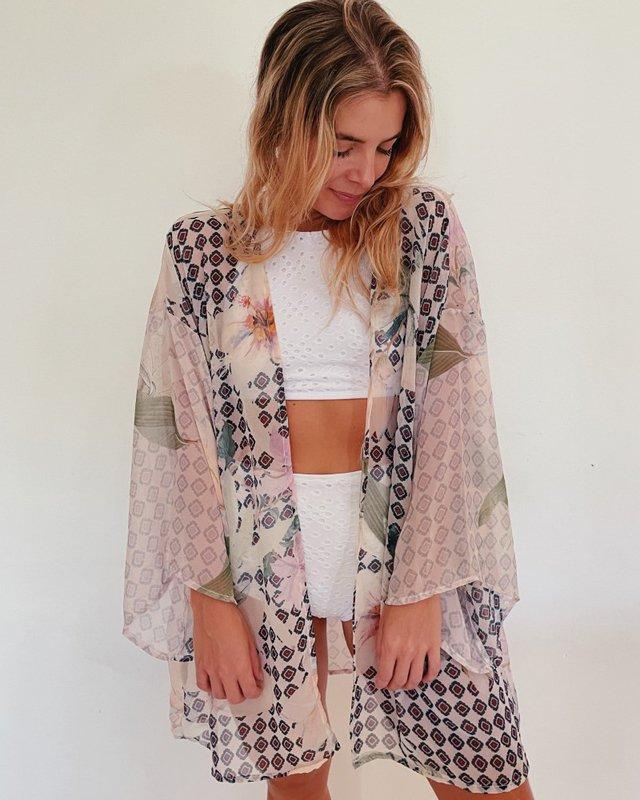 Kimono de tecido da vovó Joeli