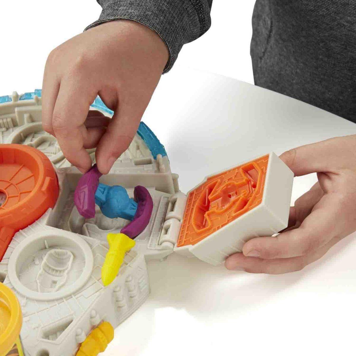 Massinha Play-Doh Can-Heads Star Wars Millennium Falcon - Hasbro