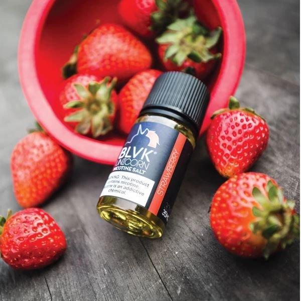 Líquido Blvk Unicorn Salt - Strawberry