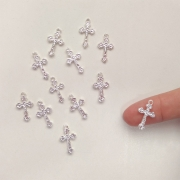 Mini Crucifixo Prateado 20 unidades