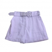 Shorts tecido com elástico na cintura e cinto