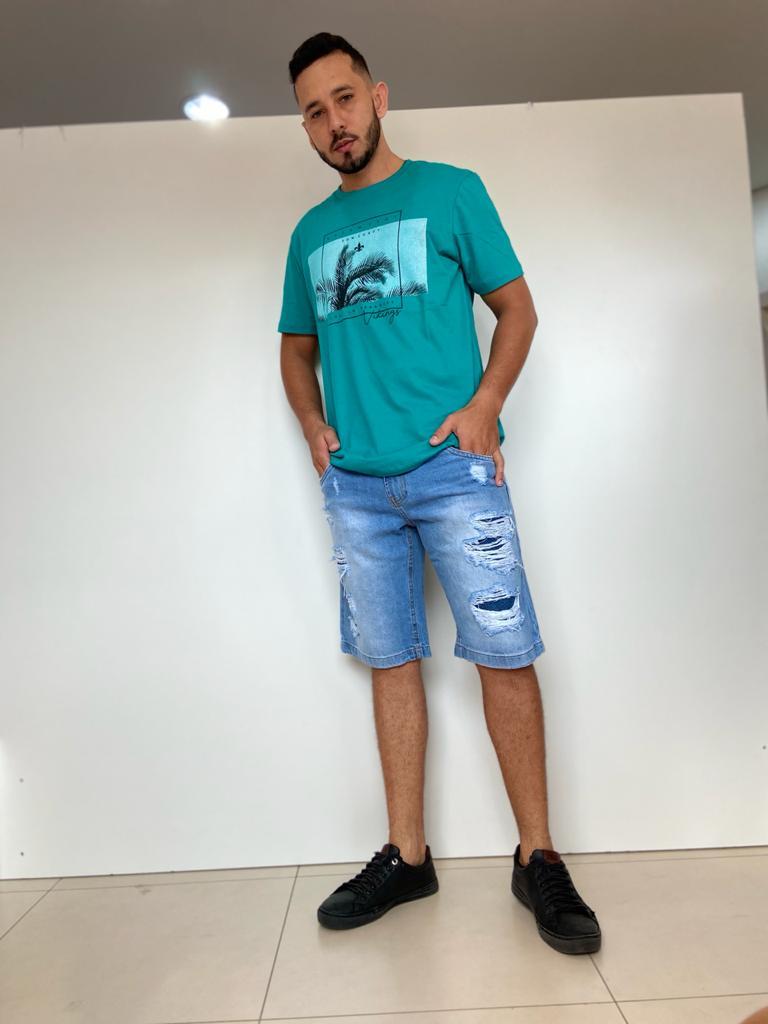 Bermuda masculina rasgos
