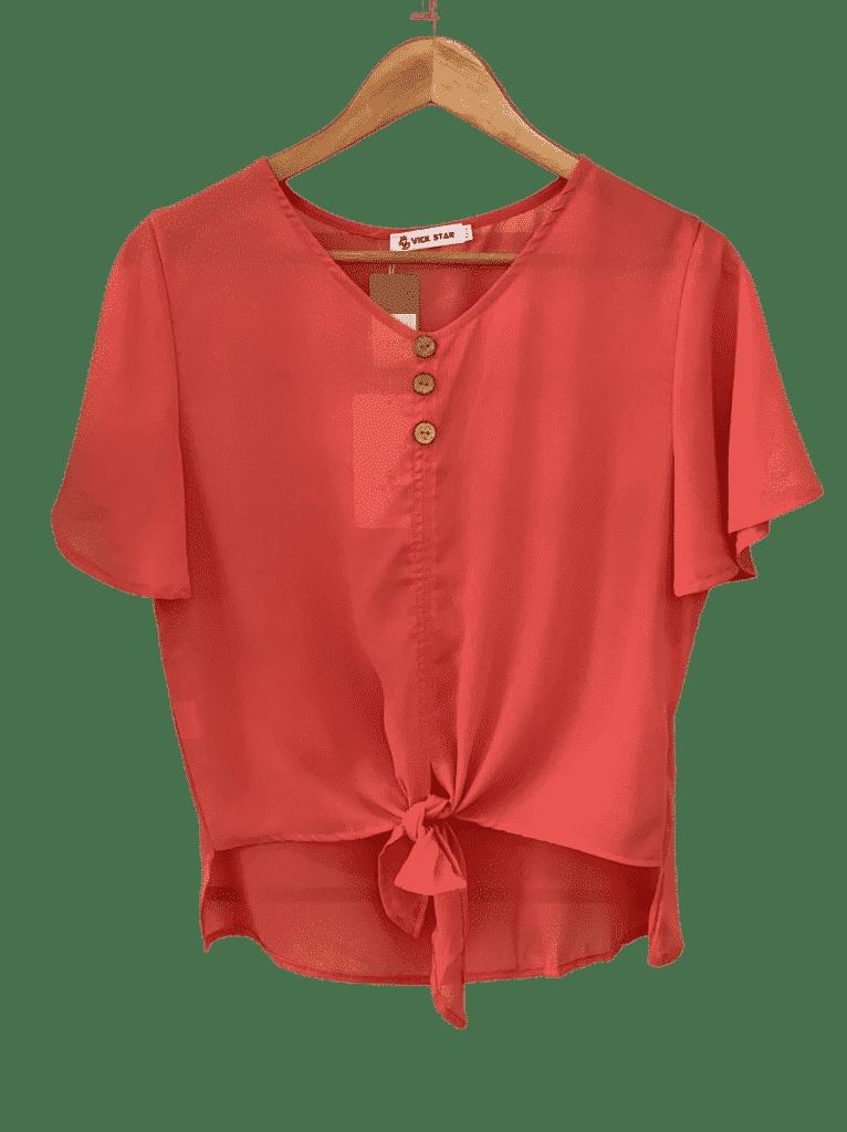 Blusa com botões de amarrar