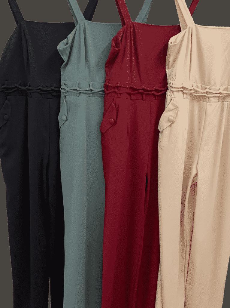 Macacão longo com detalhes na cintura e bolsos