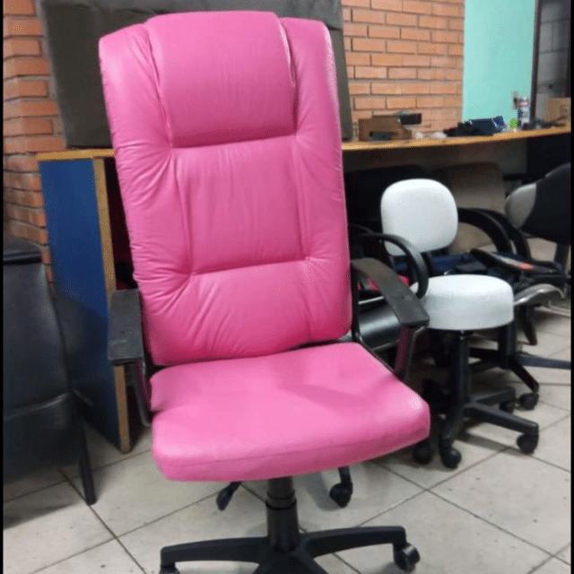 Cadeira Presidente Luxo F4855- Rosa