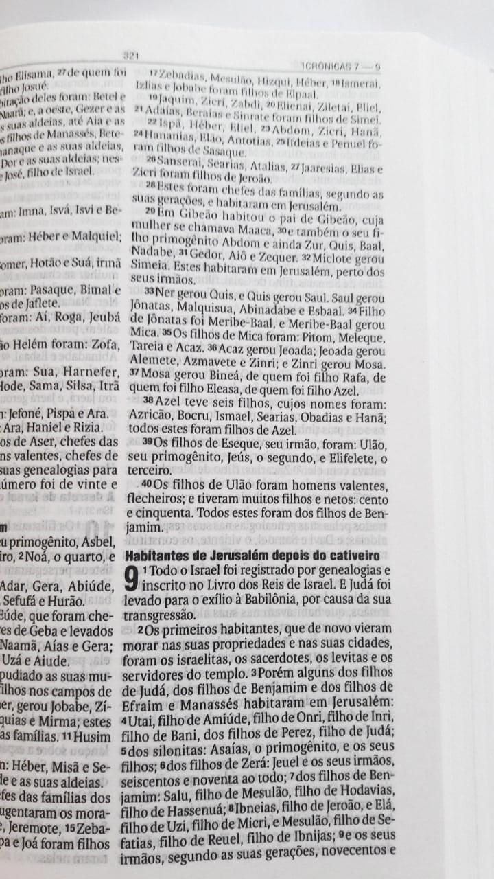 Bíblia Sagrada - Creia e Serás Salvo - Completa - Possui o Antigo e Novo Testamento -  Versão Almeida - Brochura - Indicada para Evangelismo, Eventos, Doações - Vida - NAA
