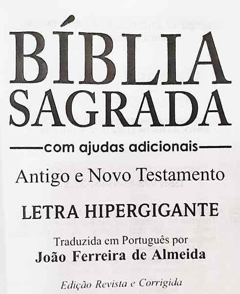 Bíblia Sagrada - Possui LETRAS HIPERGIGANTES - Harpa Cristã - Tamanho Grande - Palavras de Jesus são em Destaque - Versão Almeida Tradicional - Zíper - Índice na Lateral - Auxílios - Preto Nobre