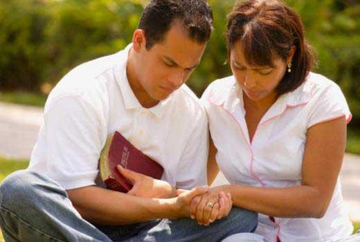 Óleo para Unção 10ml - Ungir em pessoas, bens materiais, e em tudo aquilo que se deseja santificar, curar ou proteger em Cristo - Unidade