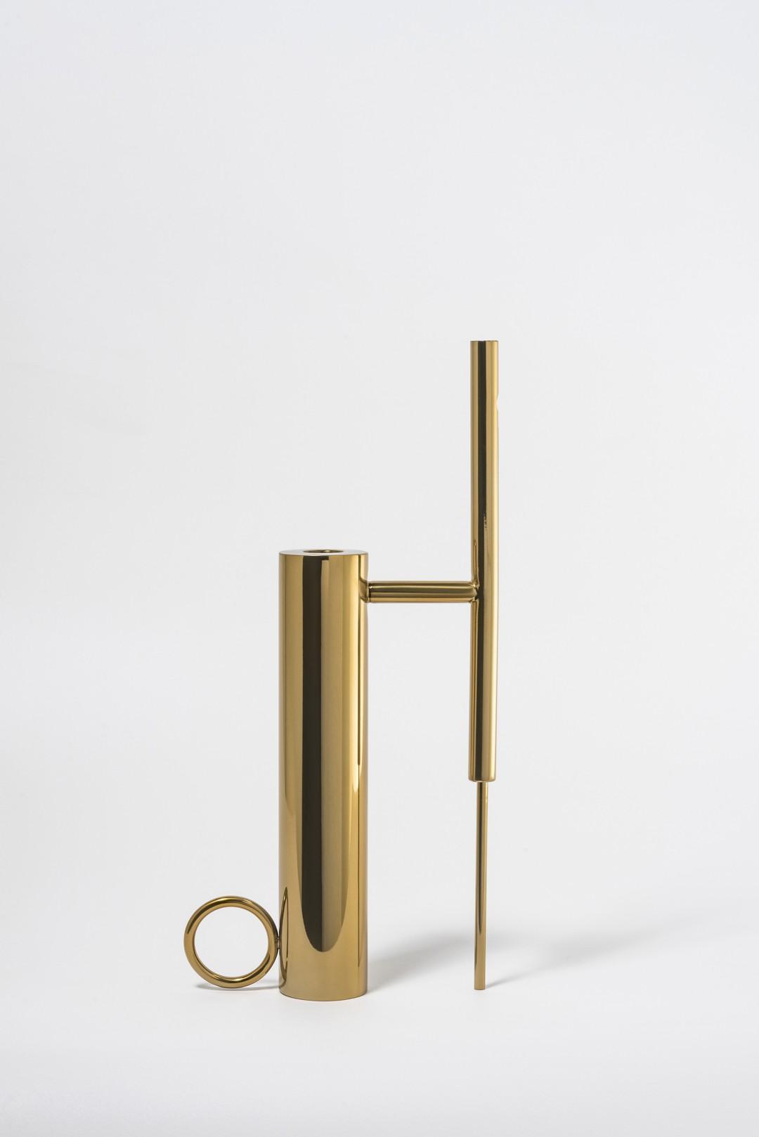 Castiçal-Vaso Oh, Gio | dourado
