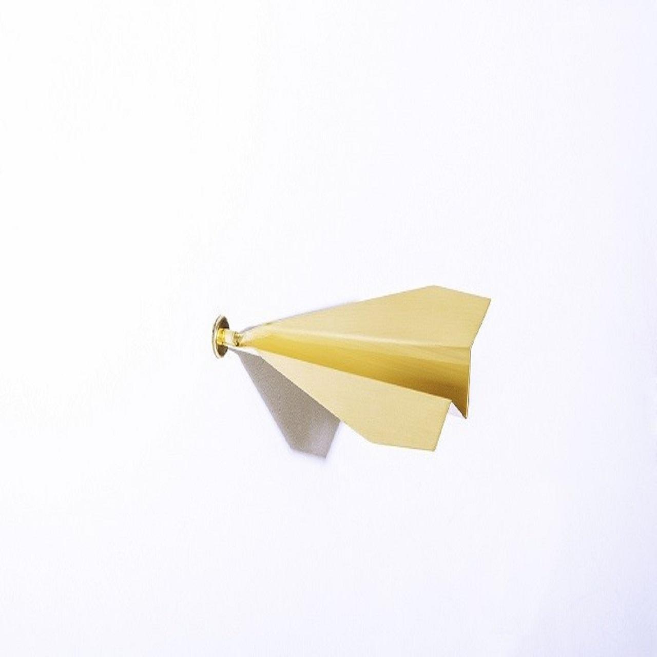 Escultura Aviãozinho de Parede P | latão
