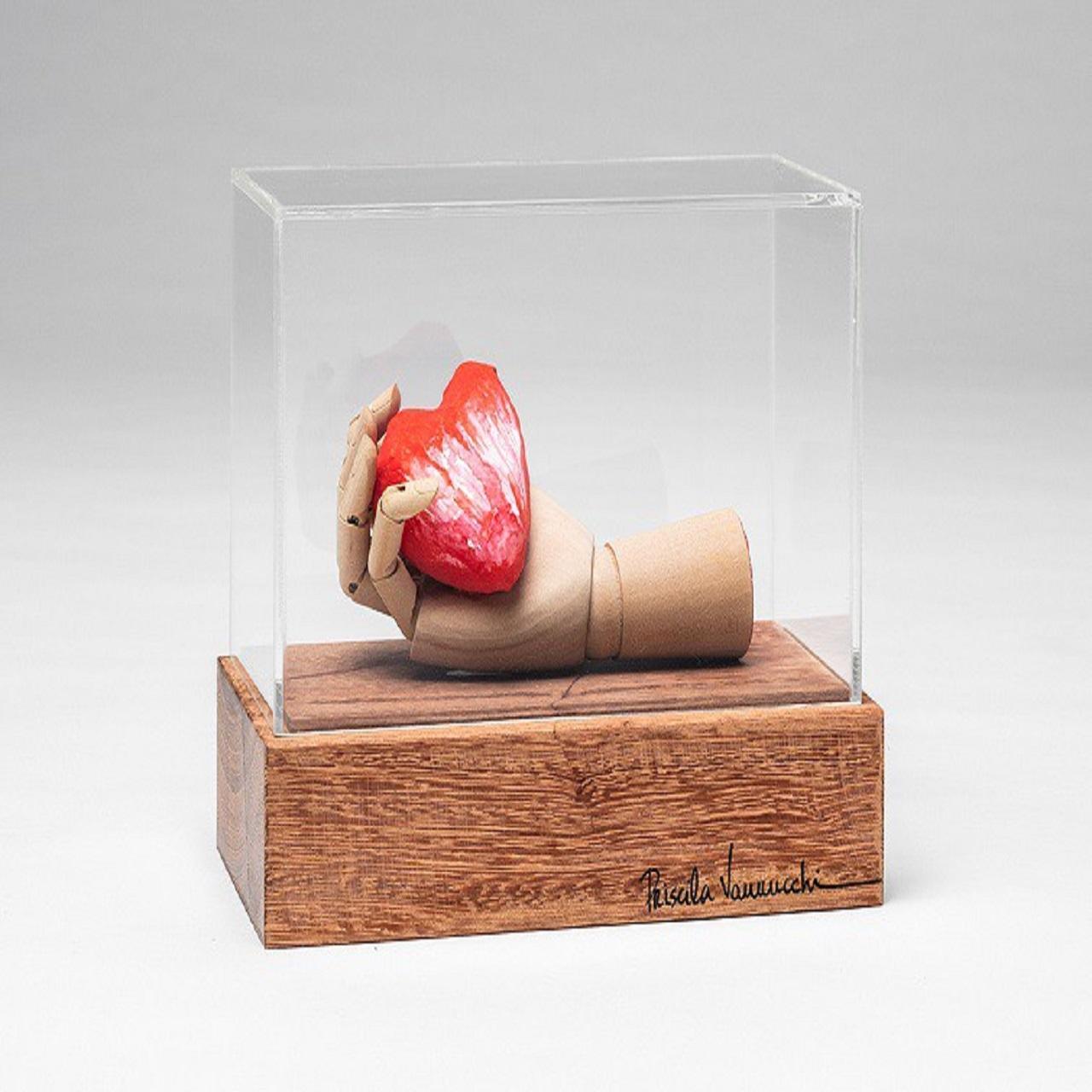 Escultura Mão Coração | vermelhp