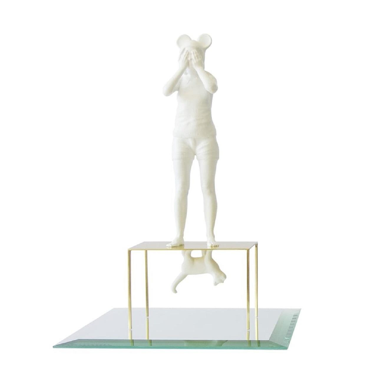 Escultura Menina Coração