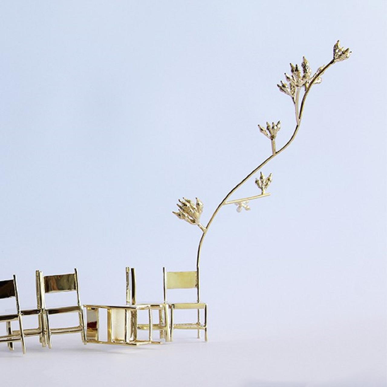 Escultura Repouso Caos | dourada