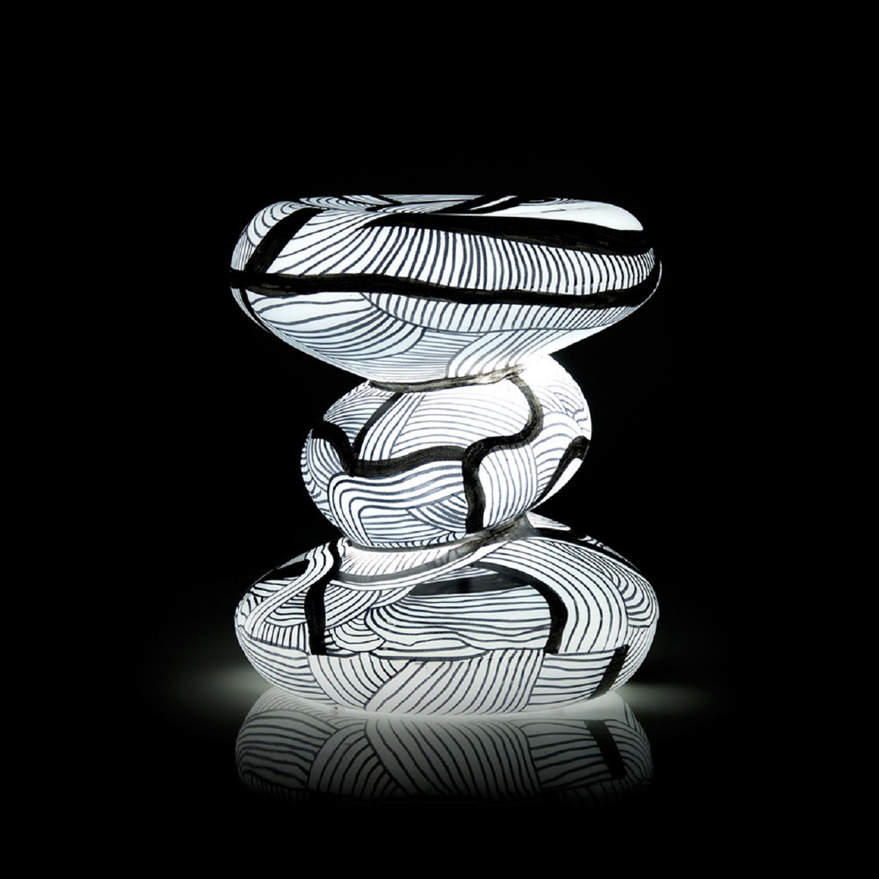 Goma por Fefê Talavera | branco com luz