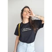 Camiseta Básica Delírios Comunistas