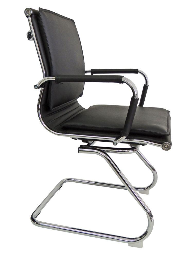 Conjunto com 1 Cadeira Diretor e 2 Cadeiras Interlocutores Pelegrin em Couro PU PEL-8003L/V Pretas