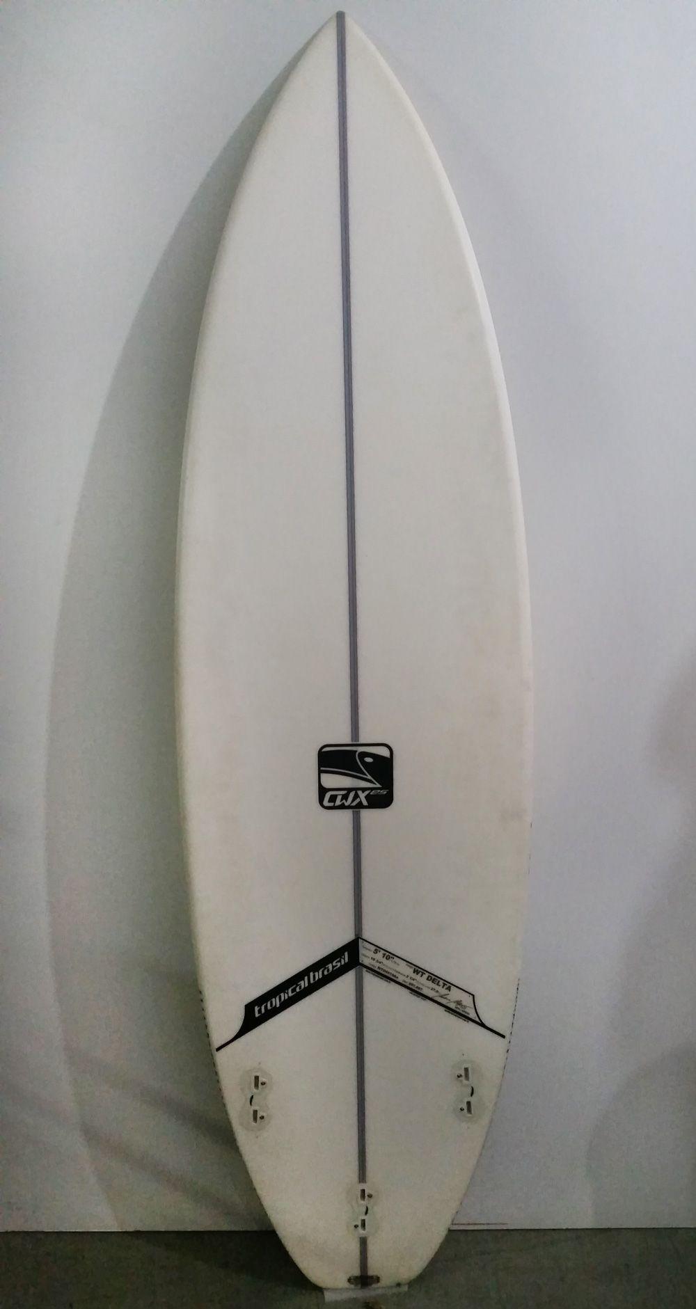 Prancha semi Nova Tropical Brasil 5'10''
