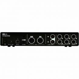 UR44 - Interface de �udio 6 IN x 4 OUT c/ USB UR 44 - Steinberg