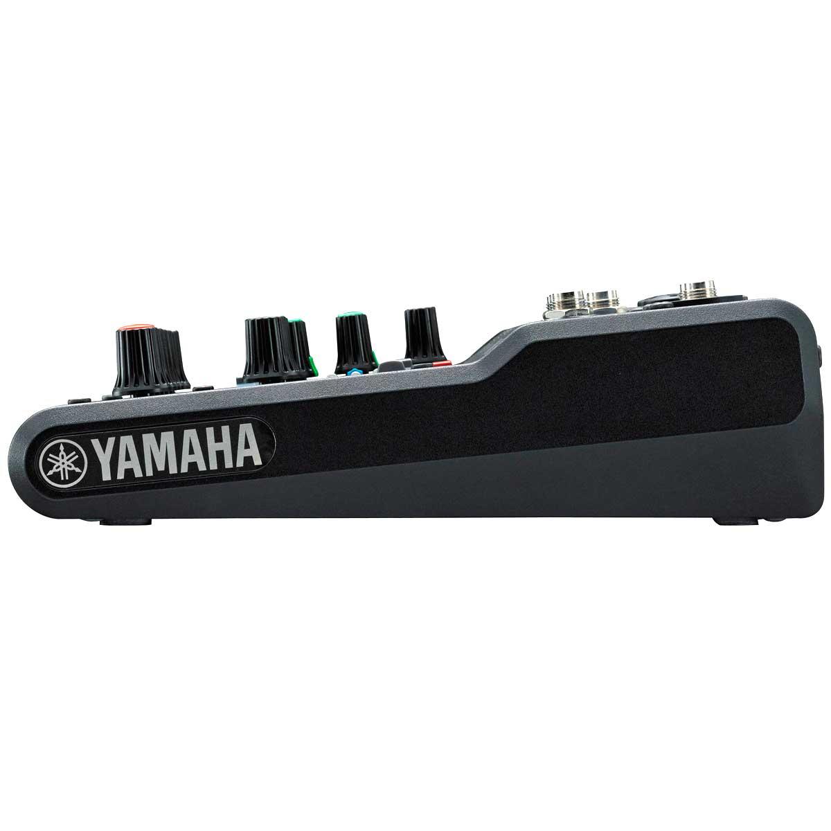 Mesa de Som 6 Canais (2 XLR Balanceados + 4 P10 Desbalanceados) c/ Efeito / Phantom / 1 Auxiliar - MG 06 X Yamaha