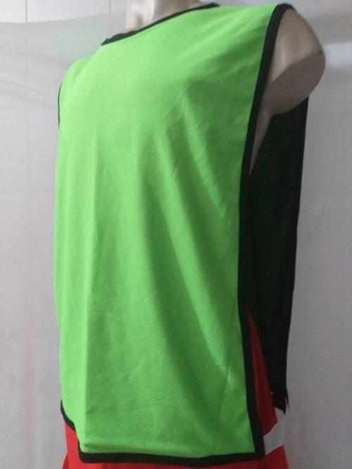 Colete Futebol Dupla Face 47x 67cm Preto/Verde Limão Jogo e Treino.