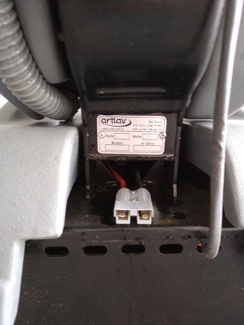 Lavadora de Piso Automática ARTLAV A350 BATERIA  - Tempo de Casa