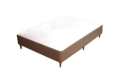 CAMA BOX EM COURINO
