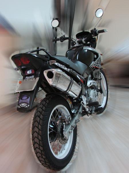 Escape / Ponteira Coyote TRS Tri-Oval Alumínio NX Falcon 400i 2006 até 2008 / 2013 em Diante - Preto - Honda