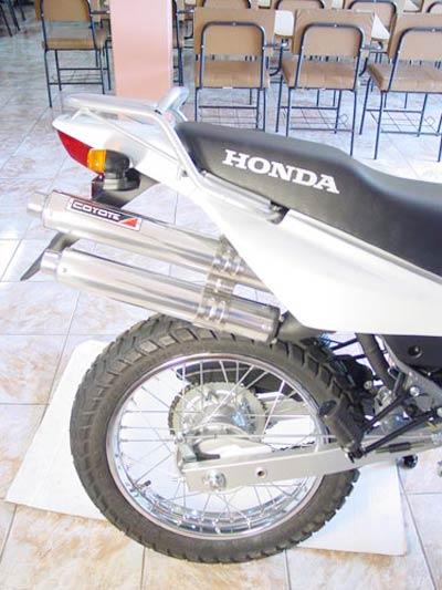 Escape / Ponteira Coyote Competition Alumínio Duplo NX-R Bros 150 2009 em Diante - Polido - Honda